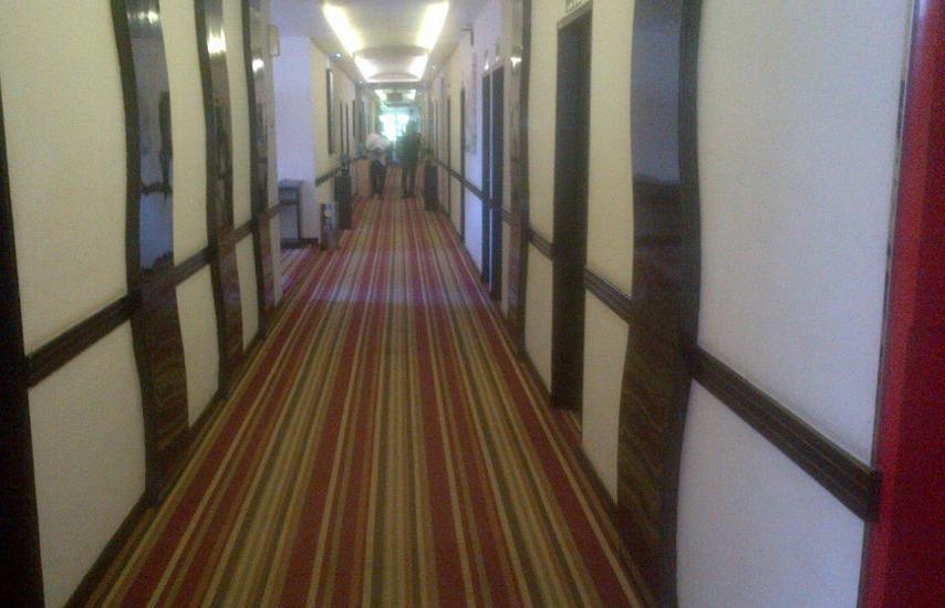 Mangga Dua Hotel Makassar Makassar - Coridor