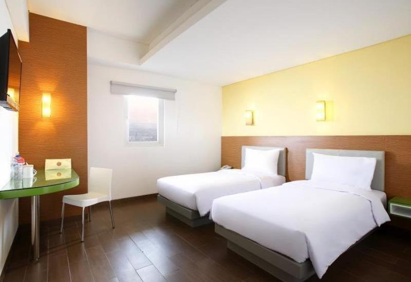 Amaris Pakuan Bogor - Smart Room Twin Ramadhan Promo Regular Plan