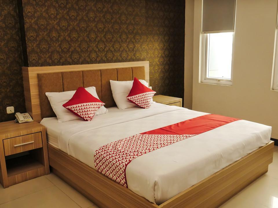 OYO 238 Hotel Grand Darussalam Syariah Medan - Deluxe Double Limited Time Deal