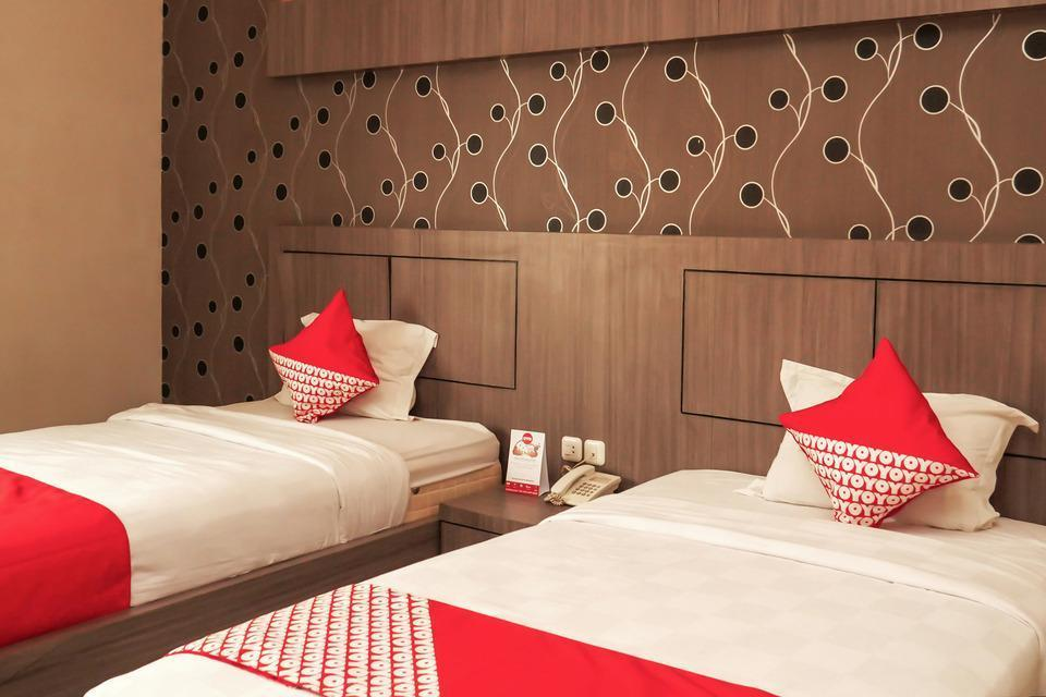 OYO 238 Hotel Grand Darussalam Syariah Medan - Standard Twin Limited Time Deal
