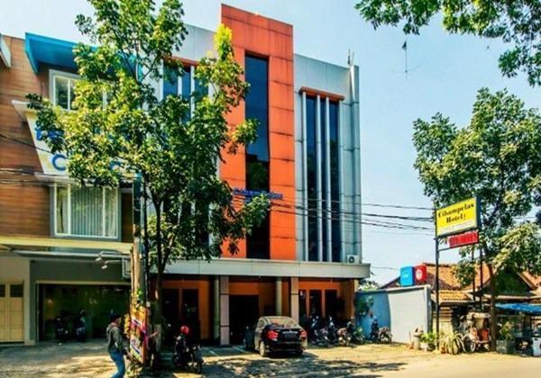 Hotel Cihampelas 1 Bandung - Facade
