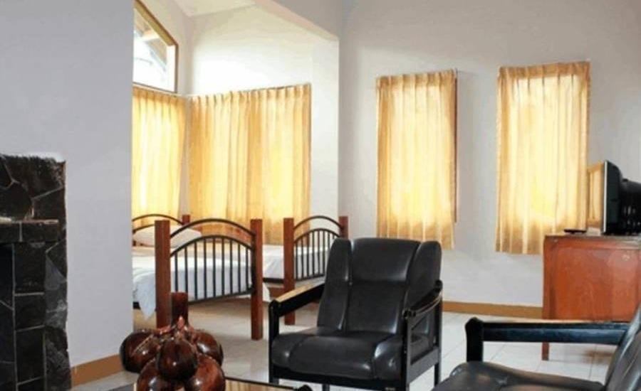 Villa F - II Istana Bunga - Lembang Bandung Bandung - Ruang tamu