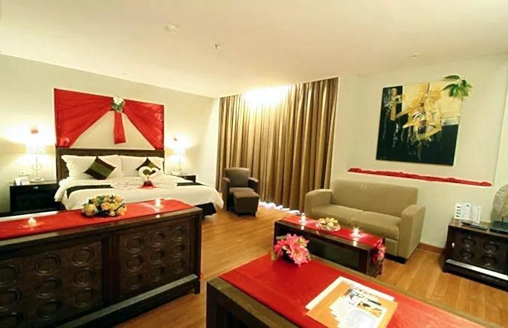 Aston Tanjung Tabalong - Honeymoon Suite
