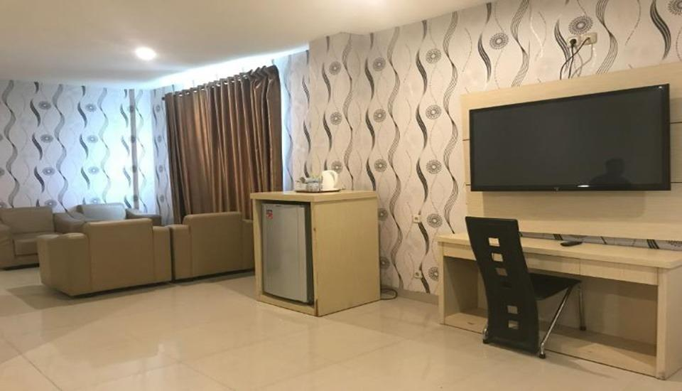 D'Blitz Hotel Kendari - Executive Room Regular Plan