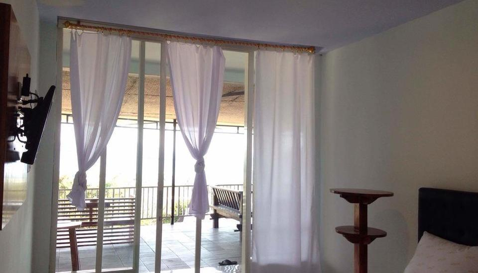 Mawar Hotel Labuan Bajo Flores - Standard Room With Fan Sea View SPECIAL DEAL