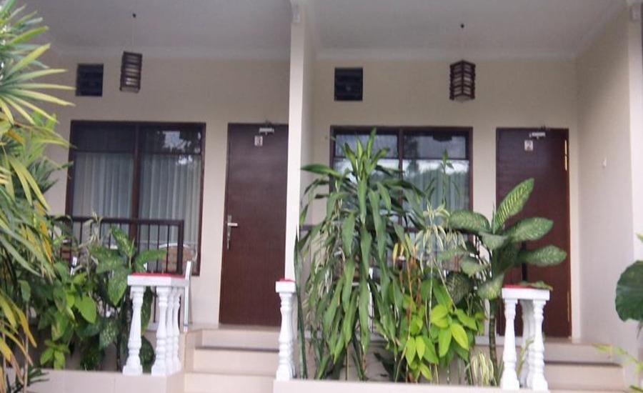 Atsari Hotel Parapat Parapat - Eksterior