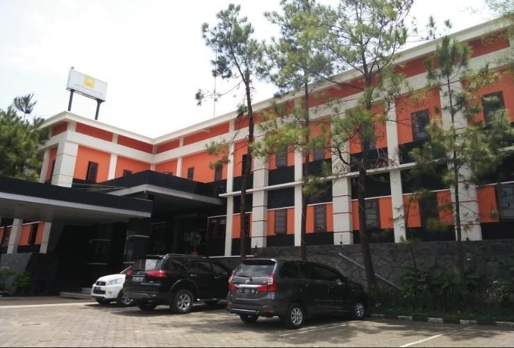 Jatinangor Hotel & Restaurant Sumedang - Appearance