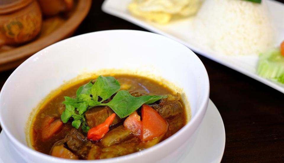 Tibera Hotel Ciumbuleuit Bandung - Food and Beverage