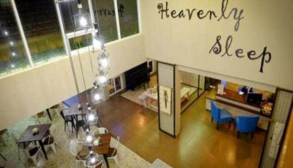Tibera Hotel Ciumbuleuit Bandung - Lobby