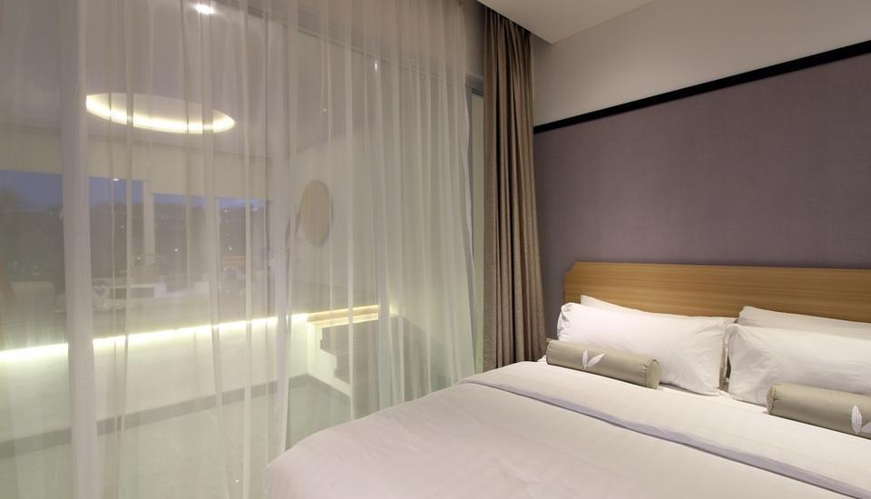 Clove Garden Hotel Bandung - Deluxe King Room Only Regular Plan