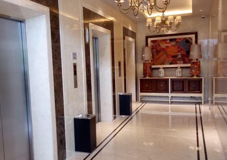 Hotel Aria Centra Surabaya Surabaya - LIFT