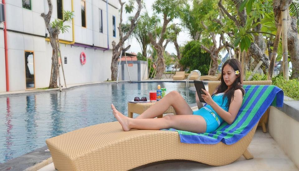Pop Hotel Singaraja Bali - Kolam Renang