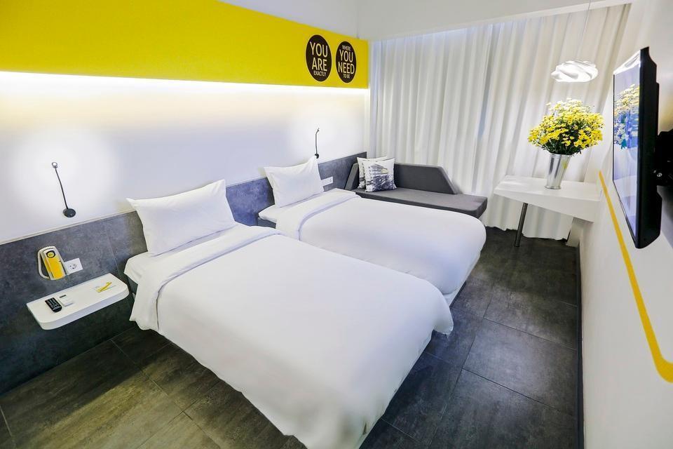 Yello Hotel Paskal Bandung Bandung - YELLO Room