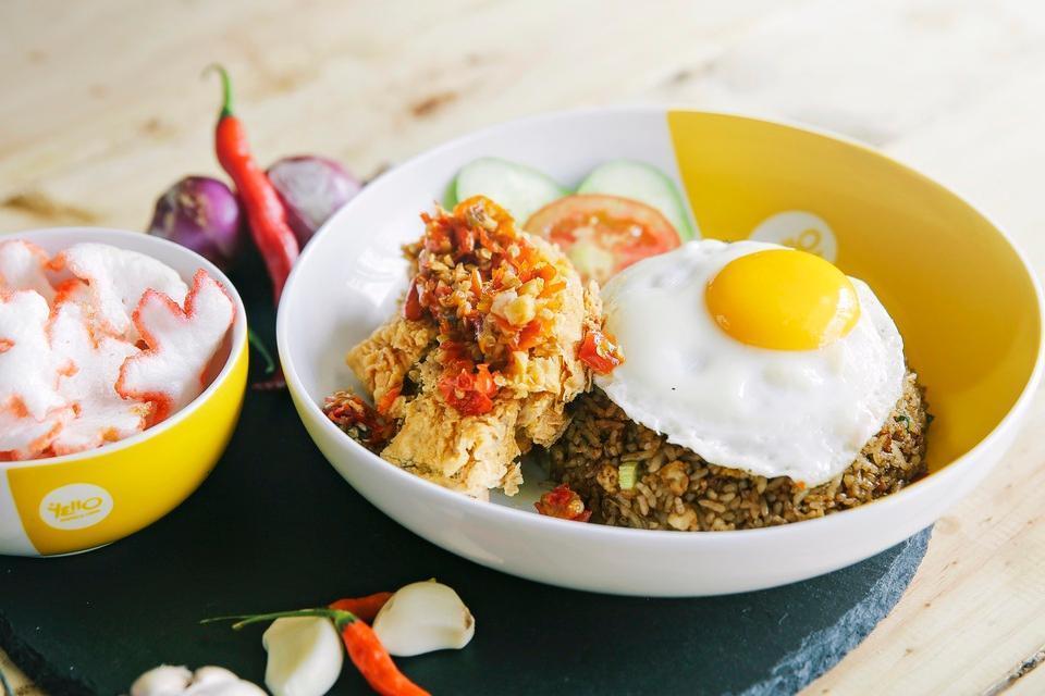 Yello Hotel Paskal Bandung Bandung - Food