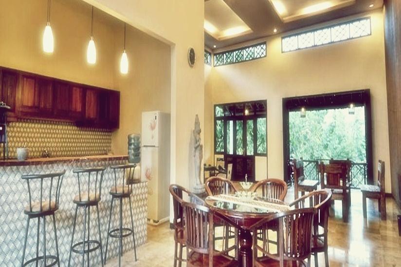 Kendi Villas and Spa Banyuwangi - Ruang Makan