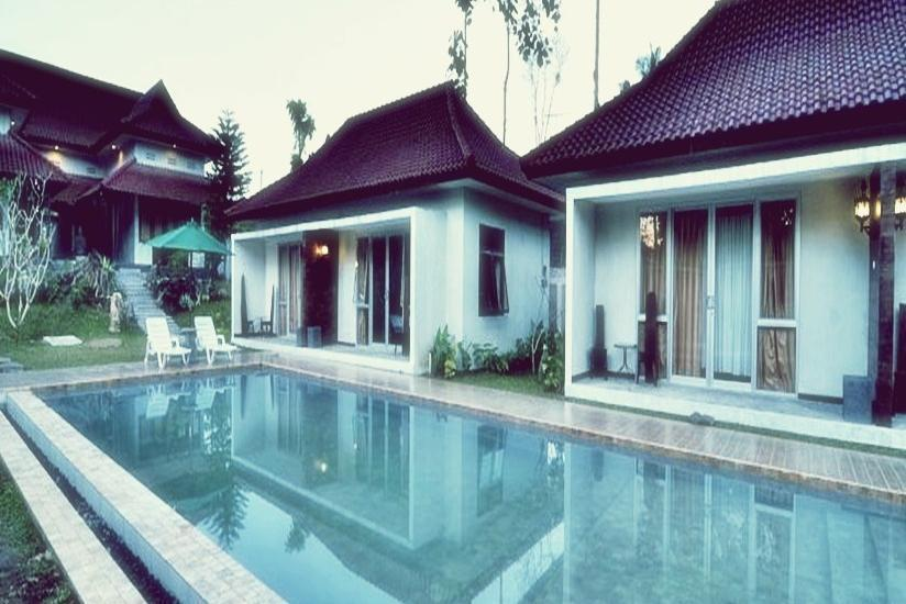 Villa Kendi Kalibaru - Pool View Regular Plan