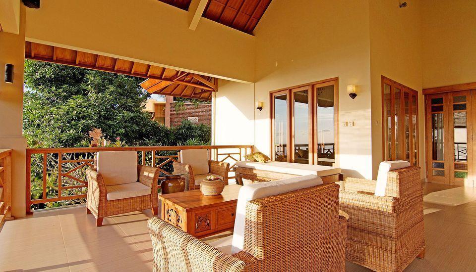 ZenRooms Lovina Ocean View Bali - Teras