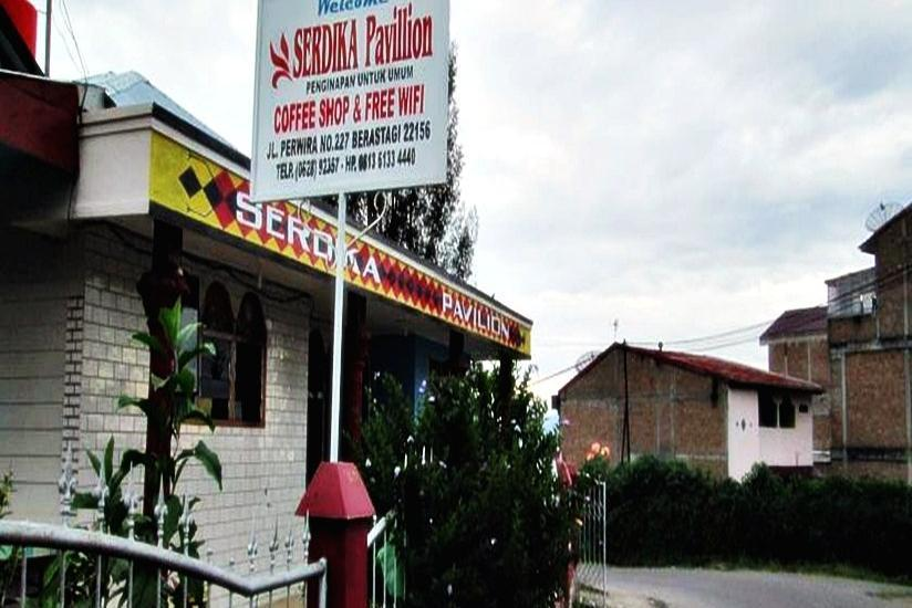 Serdika Pavilion Berastagi - Tampilan Luar Hotel