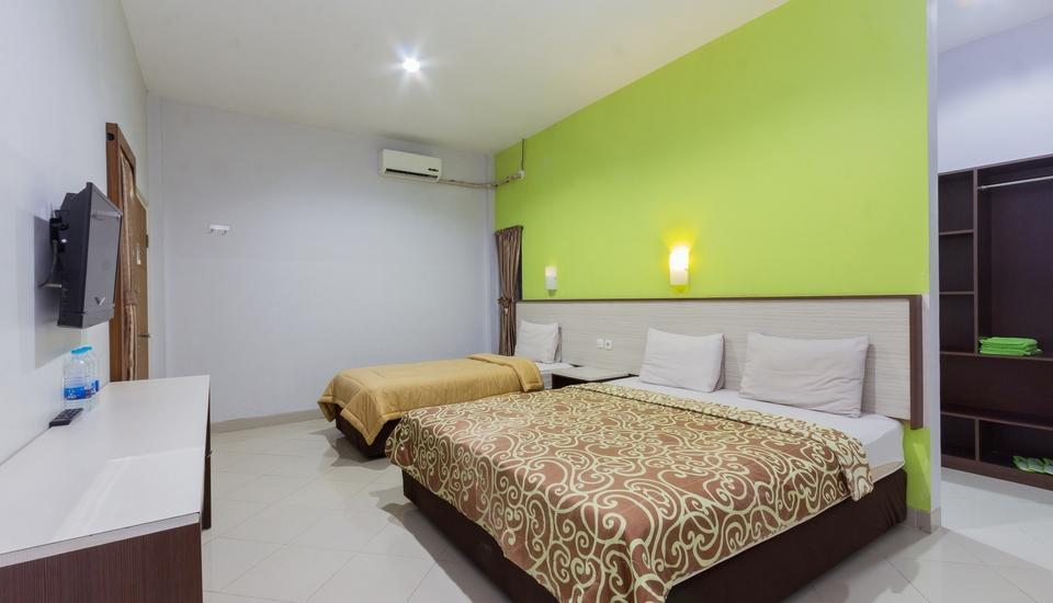 Zaen Hotel Syariah Solo - Family Room Only Long Stay Discount