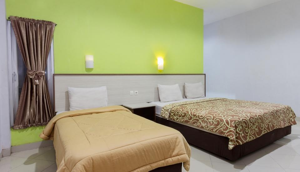 Zaen Hotel Syariah Solo - Family Room Only Regular Plan