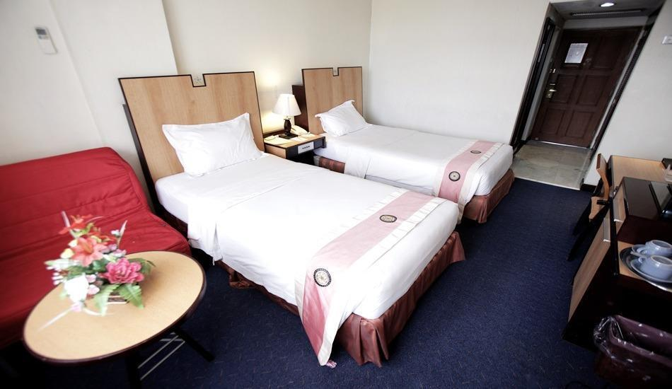 New Metro Hotel Semarang - Executive Twin Room Only For 2 Person Regular Plan