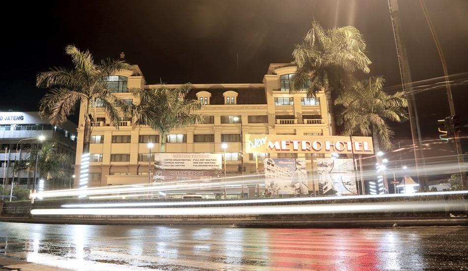 New Metro Hotel Semarang - Building