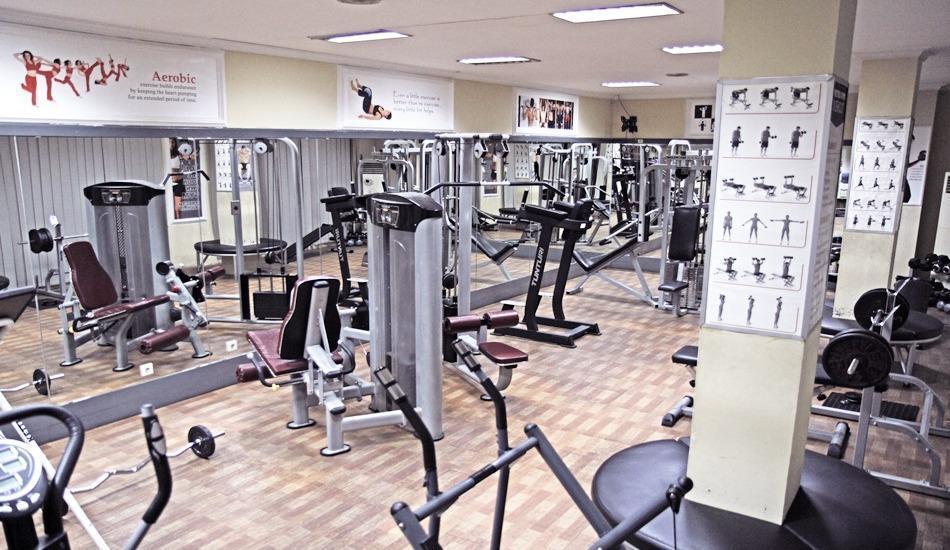 New Metro Hotel Semarang - Gym