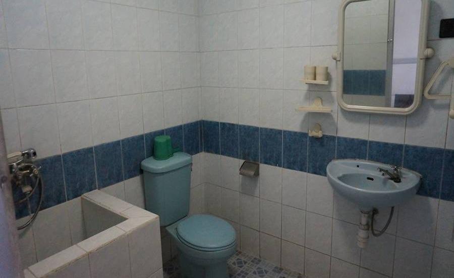 Hotel Surya Indah Batu Malang Malang - Kamar mandi