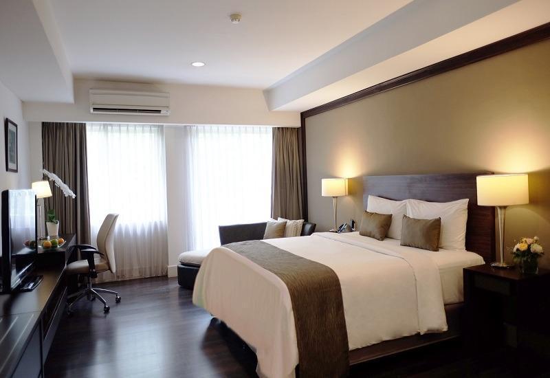 Delonix Hotel Karawang - Garden Wing Premier -  With Breakfast Regular Plan