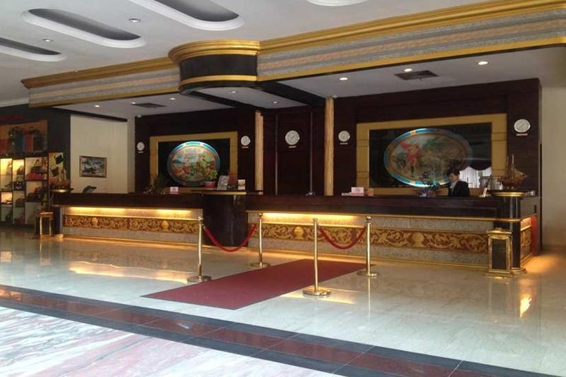 Pacific Palace Batam - Resepsionis