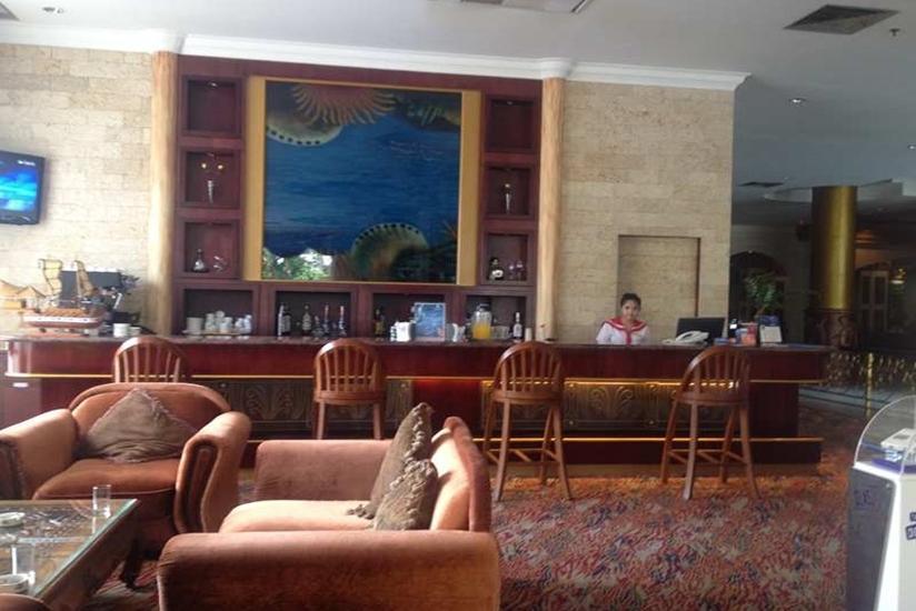 Pacific Palace Batam - Bar