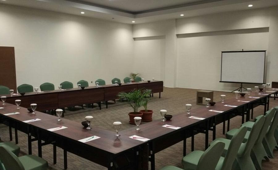 Opi Indah Hotel Palembang - Ruang Rapat