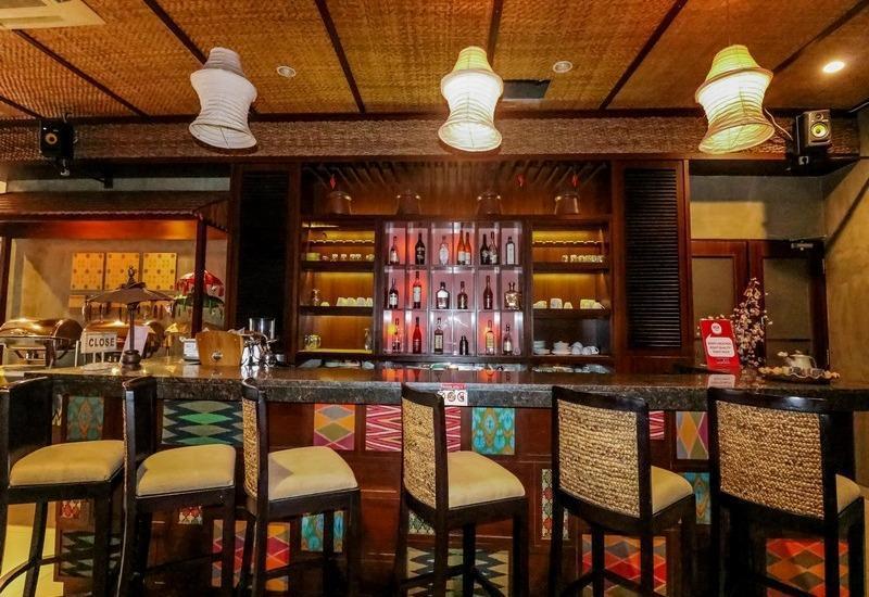 NIDA Rooms Raya Dukuh Kupang 50 Surabaya - Bar