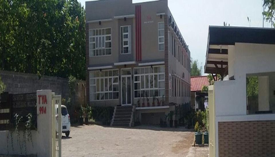 Tya Guest House Malang - Tampilan Luar Hotel