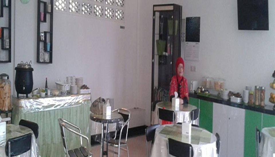 Tya Guest House Malang - Restoran