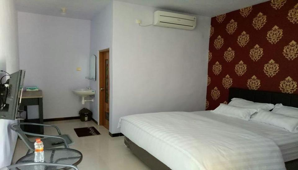 Eston House Banyuwangi - Standard Room Regular Plan