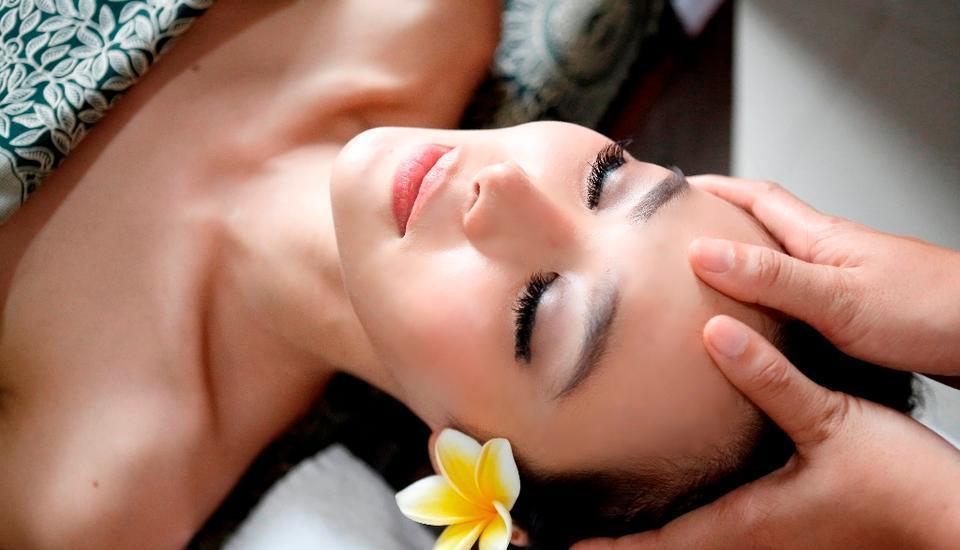 RedDoorz Plus @ Petitenget Seminyak Bali -