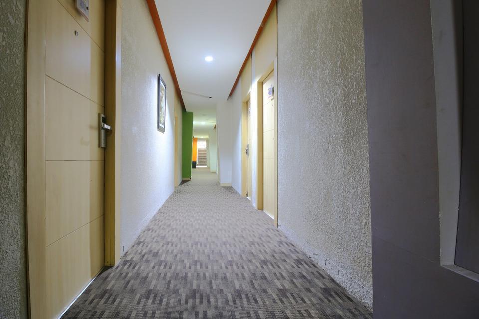 Airy Wonorejo Ruko Lancang Kuning Nangka Pekanbaru - Corridor
