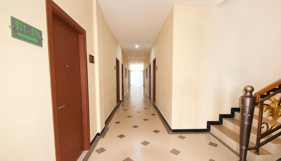 D'Madinah Residence Syariah Hotel Solo Solo - Koridor