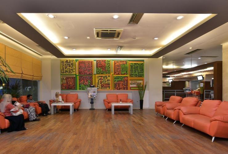 Hotel Grand Nanggroe Banda Aceh - lobby