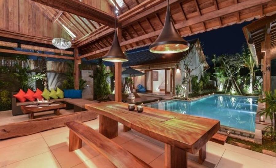 The Tamantis Villas Bali - Ruang makan