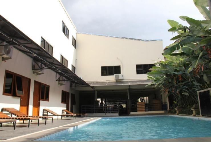 Hotel Augusta Lembang - Swimming Pool
