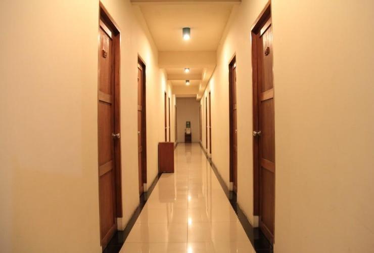 Hotel Augusta Lembang - Corridor