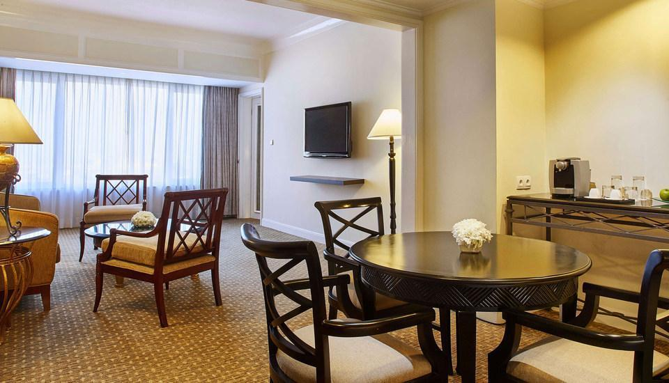 Hotel Aryaduta Bandung - Aryaduta Suite With Breakfast Stay 3 - 6 Days Get 15% OFF