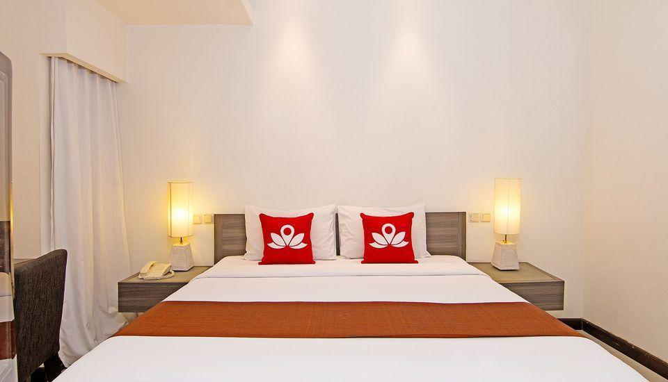 ZEN Premium Padma 2 legian Bali - Double Room With Breakfast Special Promo