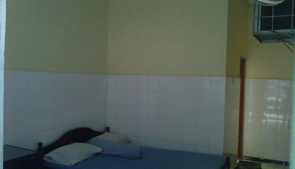 Hotel Roda Mas 1 Purwokerto - Standard A Room Regular Plan