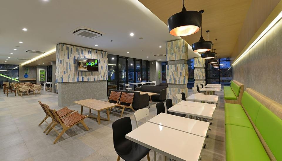 POP! Hotel Timoho Yogyakarta - Pitstop Lounge