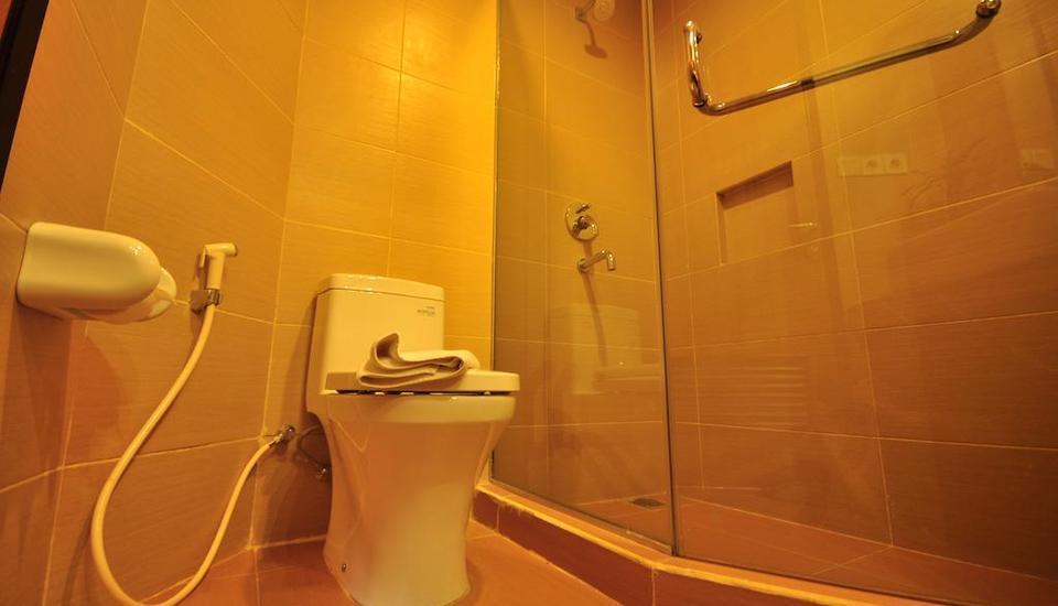 De Batara Hotel Bandung - Bathroom