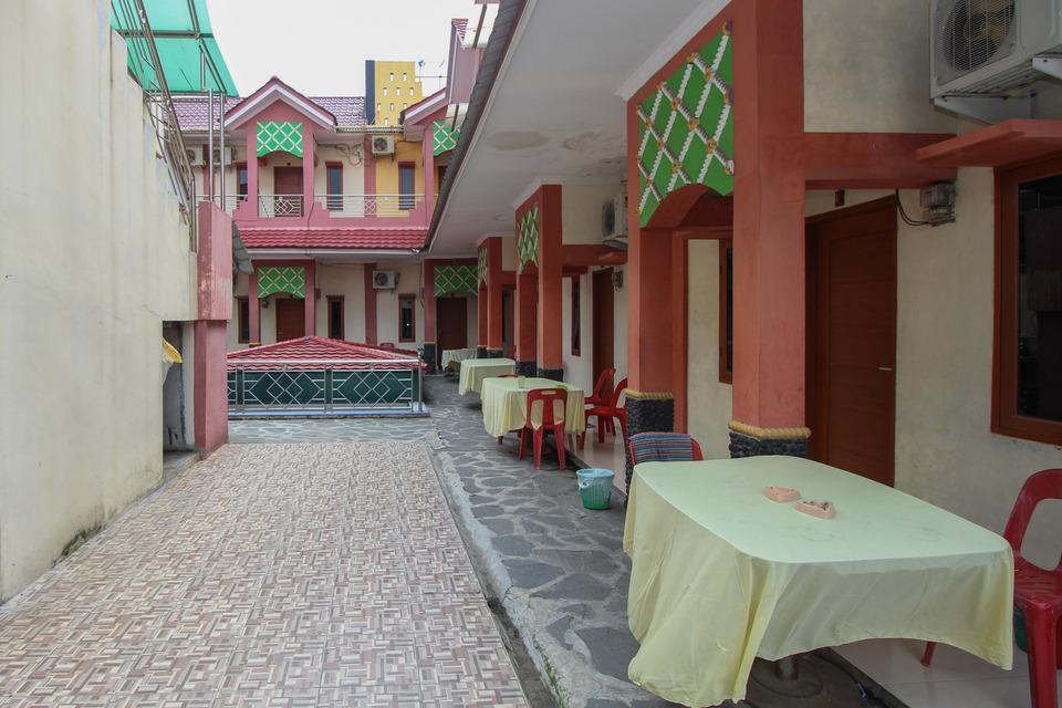 Airy Eco Syariah Medan Timur Komplek DPRD - Hotel Building