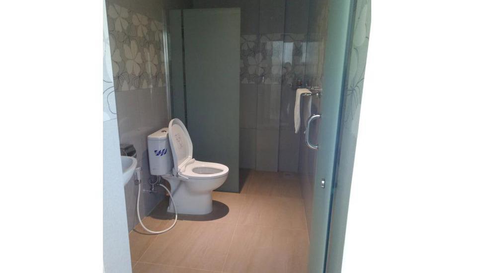 Seventeen Hotel Banda Aceh - Bathroom
